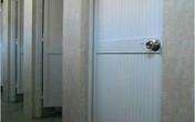 Phát hiện vụ đặt camera trong nhà vệ sinh nữ