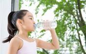 Nước uống mùa hè cho trẻ nhỏ