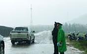 Đội mưa thi công tại khu mộ Đại tướng