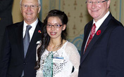 Cô bé ôsin thành sinh viên xuất sắc nước Úc