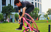 Xe đạp không phanh 'hút' khách