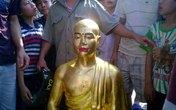 Sư trụ trì thay tượng Phật cổ bằng tượng mình ở Hà Nội?