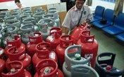 Giá gas tăng kỷ lục: Đốt túi dân, thiêu tiền doanh nghiệp