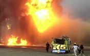 Nhầm lẫn tai hại, lính cứu hỏa bơm... dầu vào đám cháy