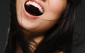 Nụ cười không hoàn toàn là thuốc bổ