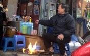 Người Hà Nội đốt lửa giữa ban ngày chống lại giá rét