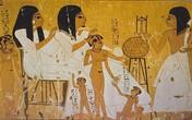 5 cách thử thai kỳ lạ thời xa xưa