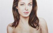 """Đấu giá """"hình ảnh"""" Angelina ngực trần sau phẫu thuật"""