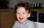 Bé trai 2 tuổi chết vì bố bỏ quên trong ôtô