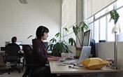 Ngồi làm việc gần cửa sổ sẽ tăng gấp đôi sự tỉnh táo