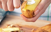 5 loại rau củ ăn dặm và thời điểm cho bé làm quen