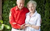 Cặp đôi kết hôn sau 70 năm yêu nhau