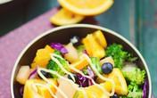Salad rau quả làm nhanh ăn ngon mà bắt mắt