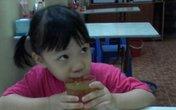 Thắc mắc thường gặp khi chăm bữa ăn trẻ lên 4