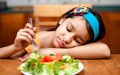 5 mẹo dễ dàng giúp mẹ trị bé biếng ăn