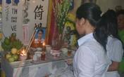 Một học sinh lớp 9 chết trong tư thế treo cổ