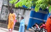 Hai thiếu nữ 18 tuổi chăn dắt trẻ em ăn xin