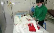 Một gia đình bỏng nặng vì bị đốt khi đang ngủ