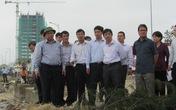 Phó Thủ tướng Nguyễn Xuân Phúc tận mắt chứng kiến hậu quả của bão số 11 tại Đà Nẵng