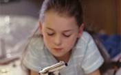 Bé gái 7 tuổi bắn chết bạn 6 tuổi khi đang chơi đùa