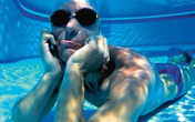 Kỳ lạ người đàn ông có thể nín thở 22 phút dưới nước