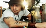 """""""Cướp biển"""" Johnny Depp gây sốc khi tiết lộ về đôi mắt gần như mù"""