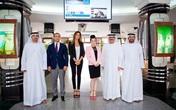 Lý Nhã Kỳ thanh lịch khi làm việc với nhiều trường đại học ở Dubai