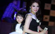 Con gái Trương Ngọc Ánh tự tin lần đầu lên sàn diễn thời trang