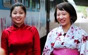 """Xem áo dài và Kimono """"đọ"""" giữa sân ga Hà Nội"""