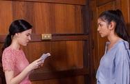 Chị chồng mưu đồ muốn em dâu đến làm thuê không công, em dâu 'cứng' đưa câu hỏi đến đâu mặt chị chồng tái đến đấy