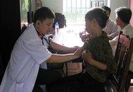 """""""Hội thầy thuốc trẻ"""" liên tục khám bệnh miễn phí cho nhân dân"""