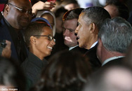 """Cậu bé chế tạo """"bom đồng hồ"""" đã được gặp Tổng thống Obama"""