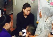 Hồ Ngọc Hà về quê nạn nhân vụ tai nạn dự đám tang