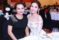 HH Kỳ Duyên vai trần gợi cảm dự tiệc tại Nha Trang