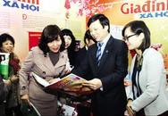 """""""Thế sự và mắt nhìn"""" của nhà báo Hồ Quang Lợi: Những lát cắt thời sự sắc sảo"""