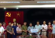 Hội đồng hương Hà Tĩnh tại Hà Nội hỗ trợ 10 tấn gạo cho ngư dân Kỳ Anh