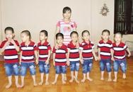 Câu hỏi nhói lòng của 8 cháu bé được giải cứu từ bên kia biên giới