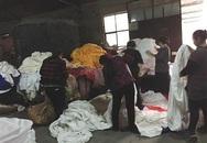Rùng mình công nghệ làm trắng ga trải giường bằng hóa chất ở Bắc Kinh