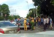 Phát hoảng với màn truy đuổi xe taxi vi phạm ở Quảng Ninh