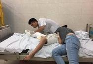 Vụ học sinh gãy chân trong trường Nam Trung Yên: Đưa cháu bé đi giám định