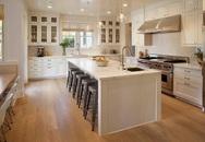 Bàn ăn dáng dài kết hợp chất liệu gạch đá, phong cách hiện đại mới của nhà bếp