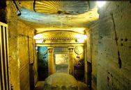 Phát hiện khu hầm mộ đồ sộ nghìn năm một cách tình cờ nhờ công của một con lừa