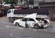 Tai nạn giao thông liên hoàn: Tài xế xe biển xanh thoát chết
