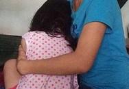 Khởi tố thiếu niên 16 tuổi đánh bài tụt quần 2 bé gái