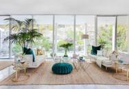 Phòng khách hấp dẫn ngay từ cái nhìn đầu tiên nhờ sự phối hợp màu sắc giữa các đồ vật một cách tinh tế