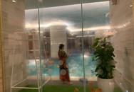 Hà Nội: Bé gái khoảng 5 tuổi bị đuối nước nhập viện cấp cứu khi đi bơi cùng bà tại bể bơi khách sạn