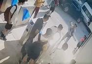 Bé lớp 1 tử vong vì bị bỏ quên trên xe đưa đón: Có thể truy cứu hình sự những ai?