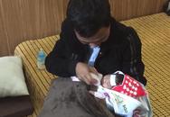 Hưng Yên: Xót xa bé gái sơ sinh tật nguyền bị mẹ giấu trong đống gạch ở cổng chùa