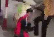 Quảng Ninh: Đến trường đòi nợ thẻ chơi game, nam sinh lớp 10 bị nhóm học sinh cấp 2 bắt quỳ gối, đánh hội đồng