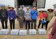 Báo Gia đình và Xã hội đưa nước uống sạch đến với người dân vùng rốn lũ Tân Ninh